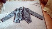 Женский пиджак демисезонный.
